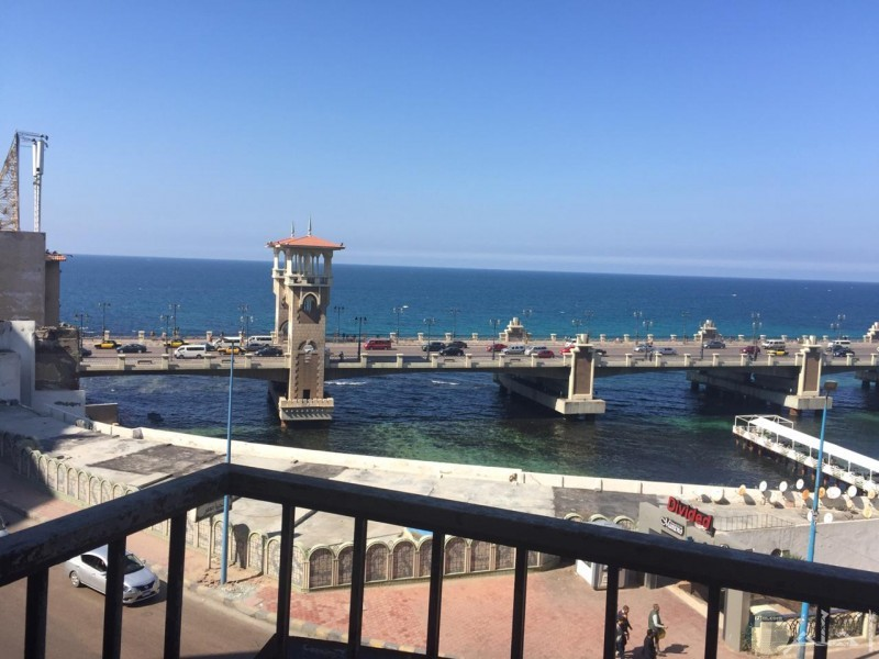 صور للشاطئ من غرفة الفندق