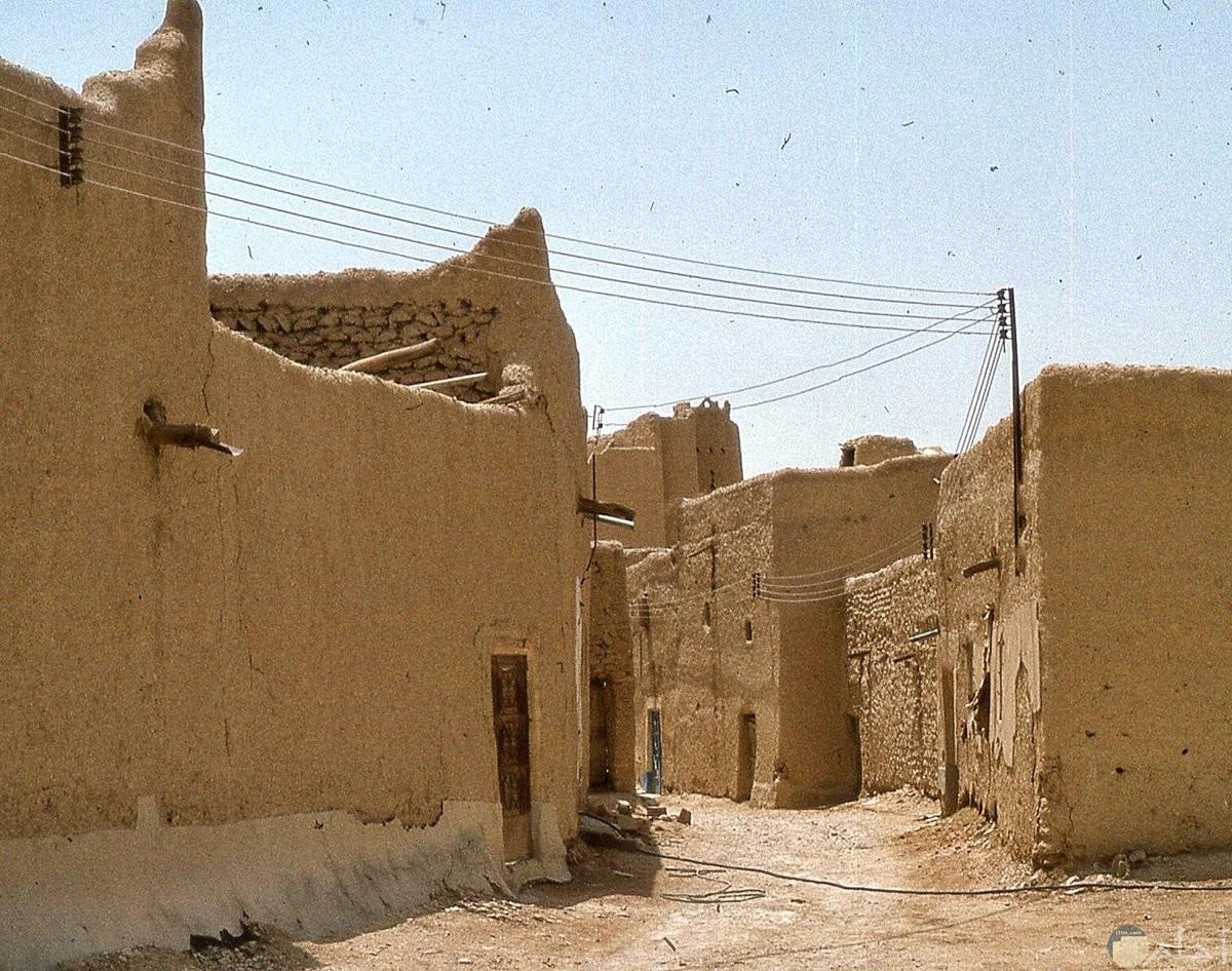 بيوت من الطين في الرياض