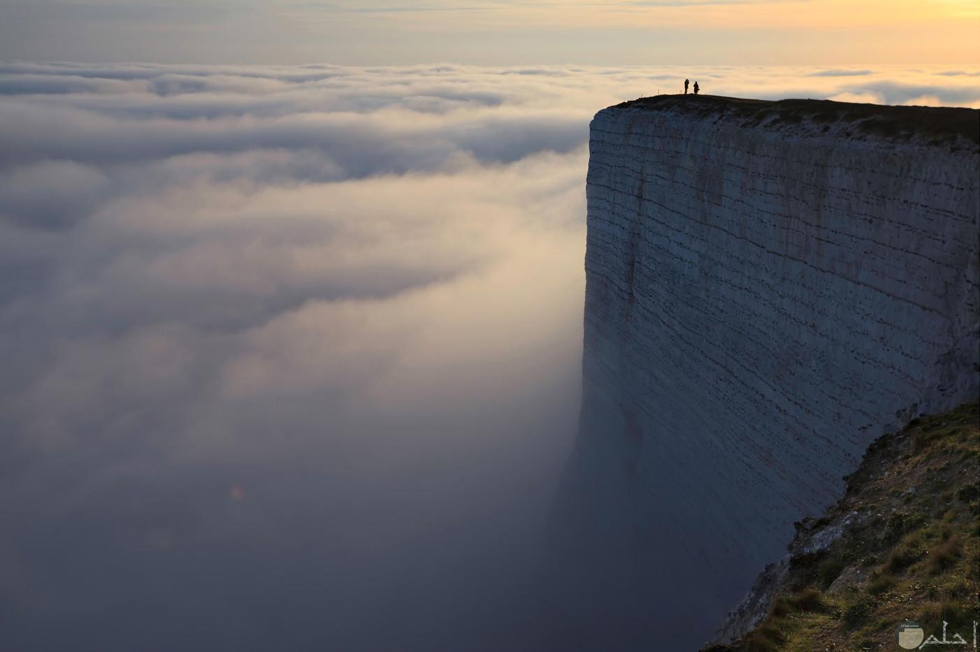 حافة العالم - بالرياض.