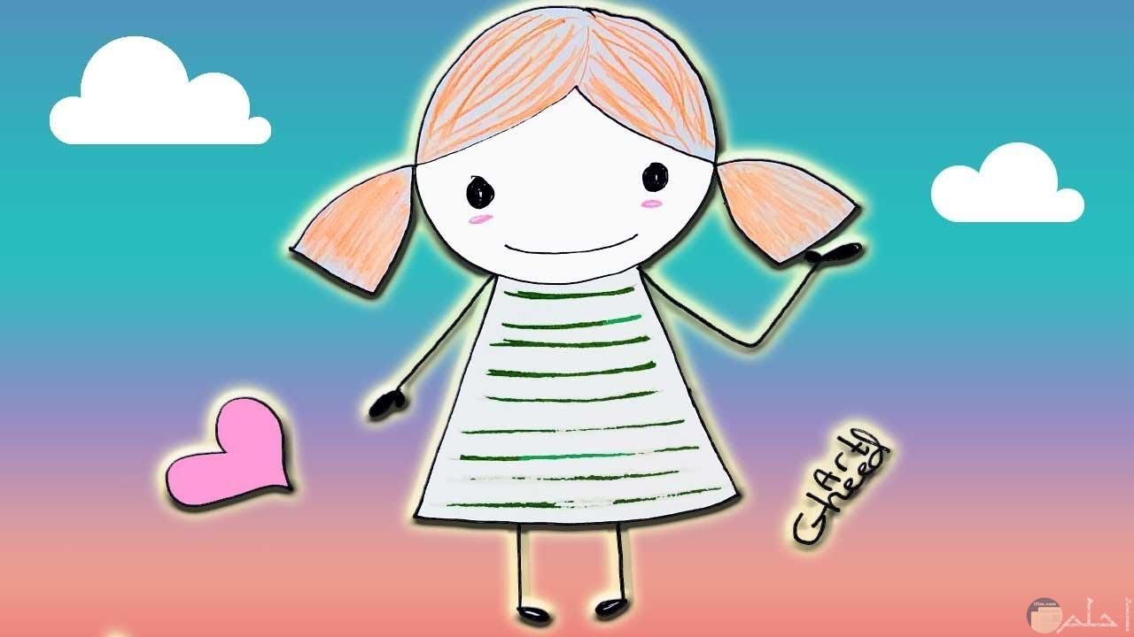 رسمة بنت صغيرة بخلفية سماء و قلوب.