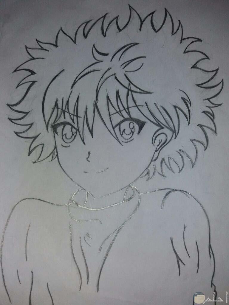 رسمة باليد لأنمي ولد بشعر كثيف.