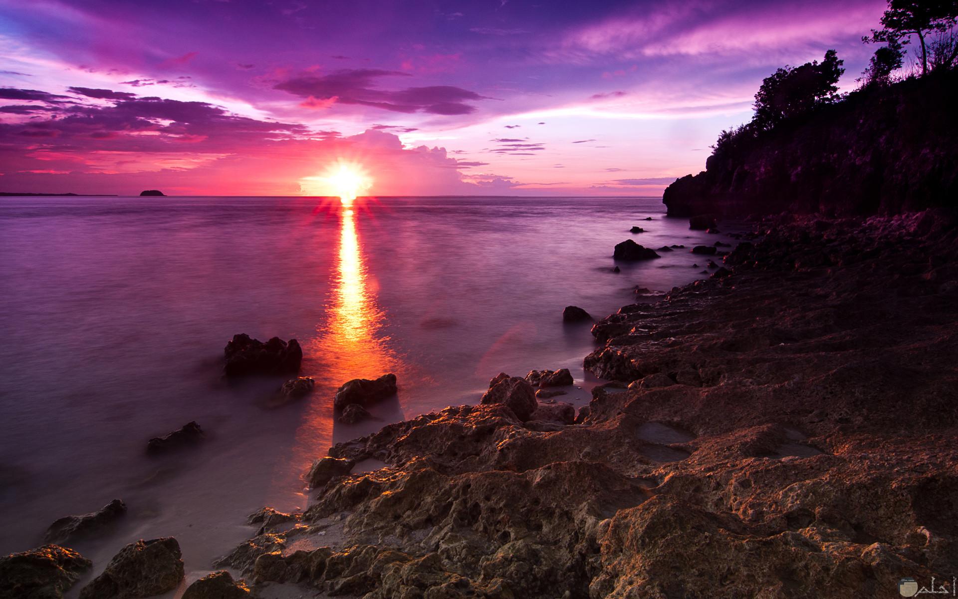 منظر رائع وساحر لغروب الشمس