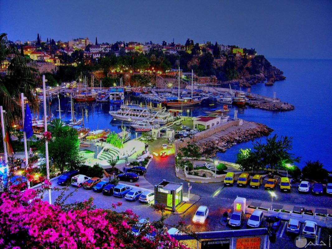 مدينة أنطاليا بتركيا