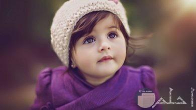 فتاه صغيرة جميله