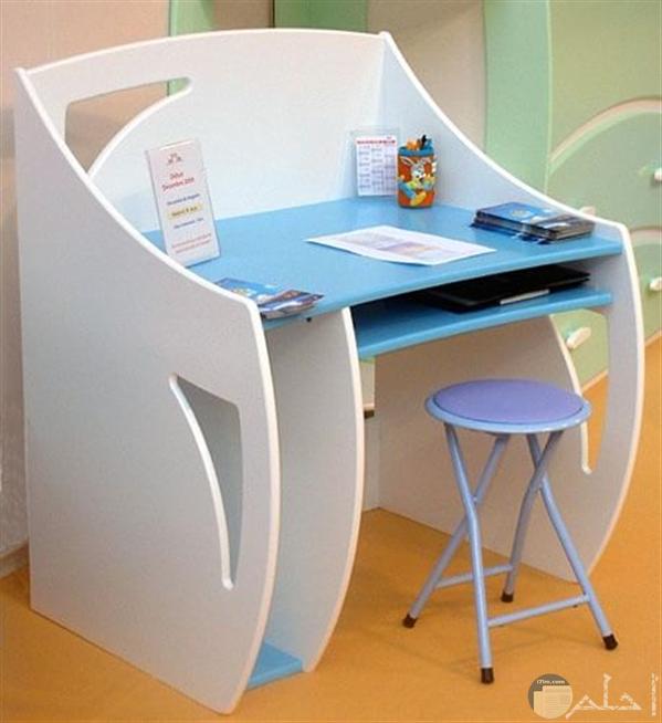 مكتب اطفال ابيض ولبني