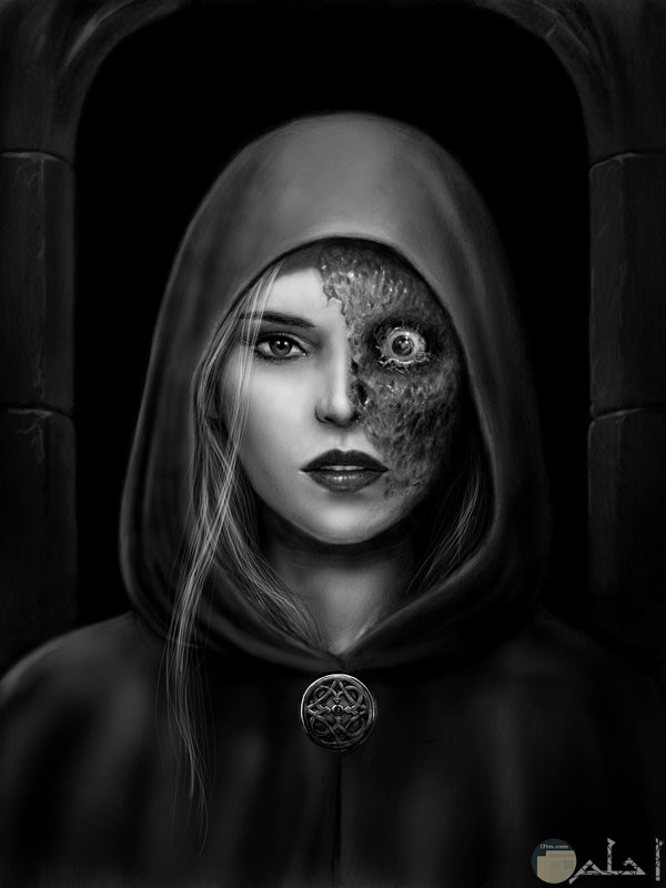 فتاة مرعبة