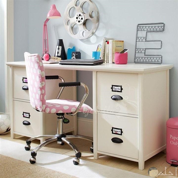 مكتب اطفال بناتي