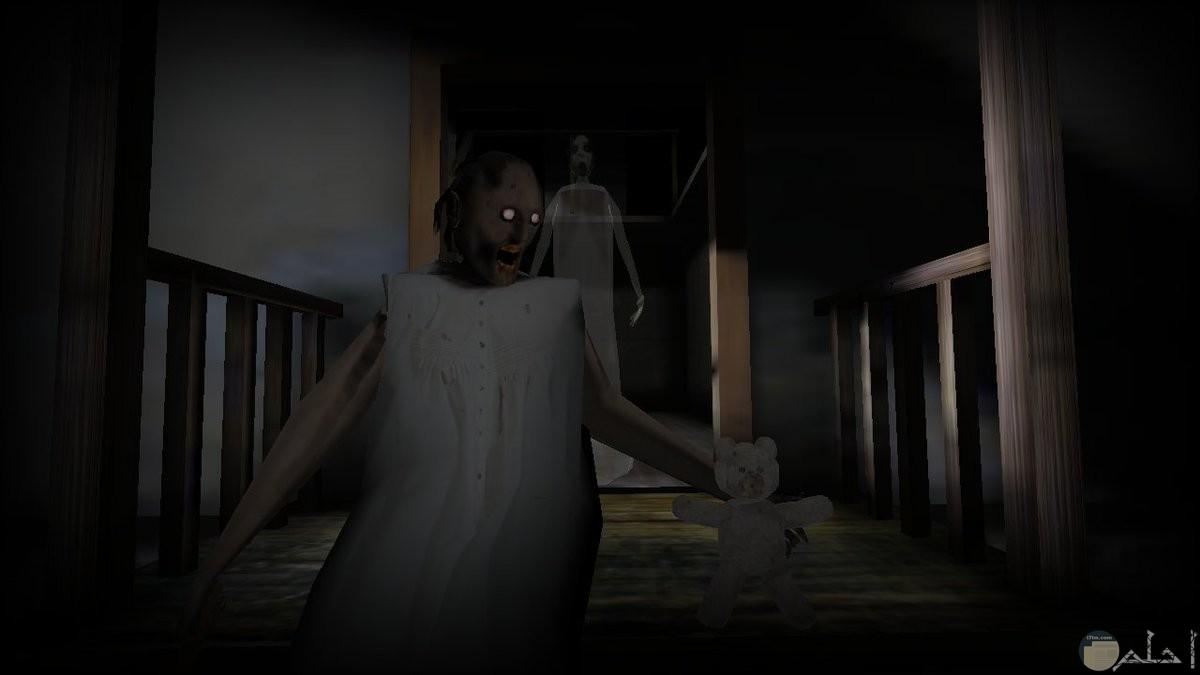 عفاريت و أشباح مخيفة.