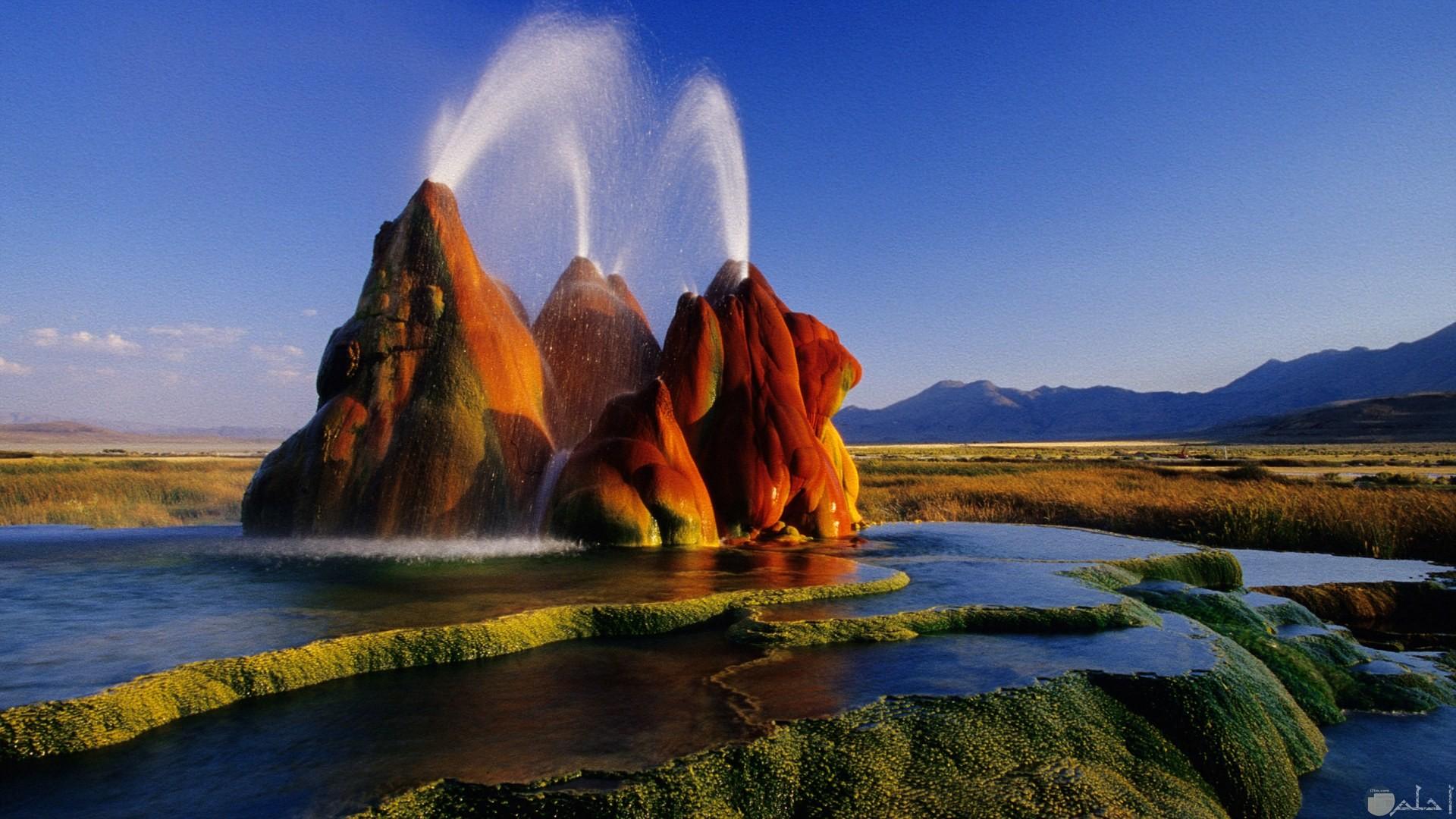 نافورة الماء الساخن - أمريكا. من أروع الأماكن و المناظر الطبيعية.