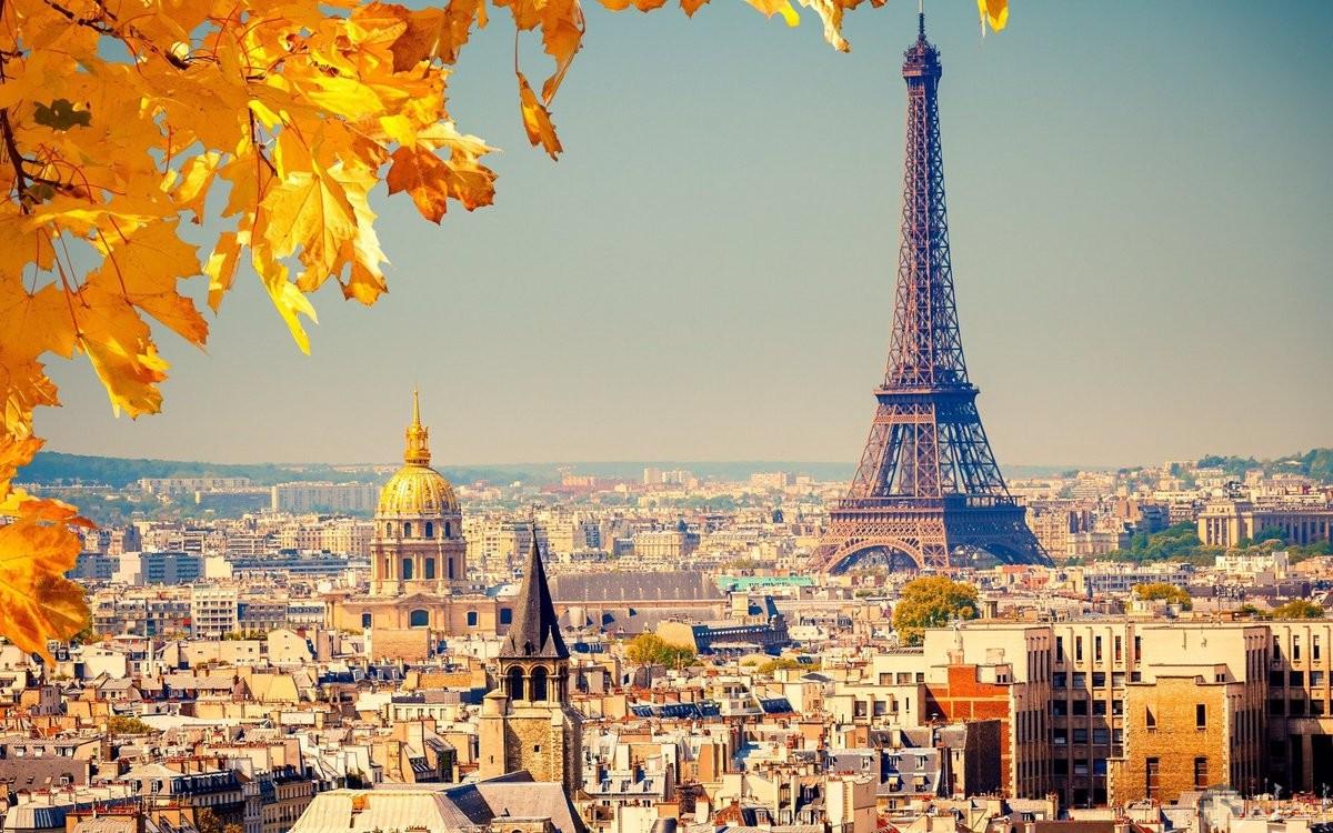 أجمل صورة لبرج إيفيل بفرنسا.