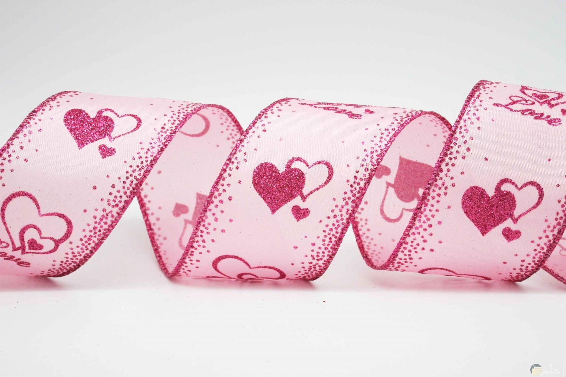 شريط بمبي به رسم قلوب وردية و بينك رائعة.