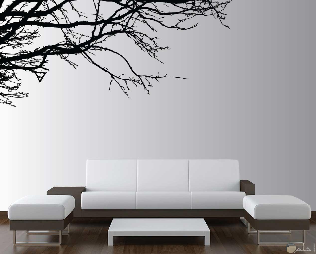 رسمة حائط على شكل جزء من شجرة بدون اوراق
