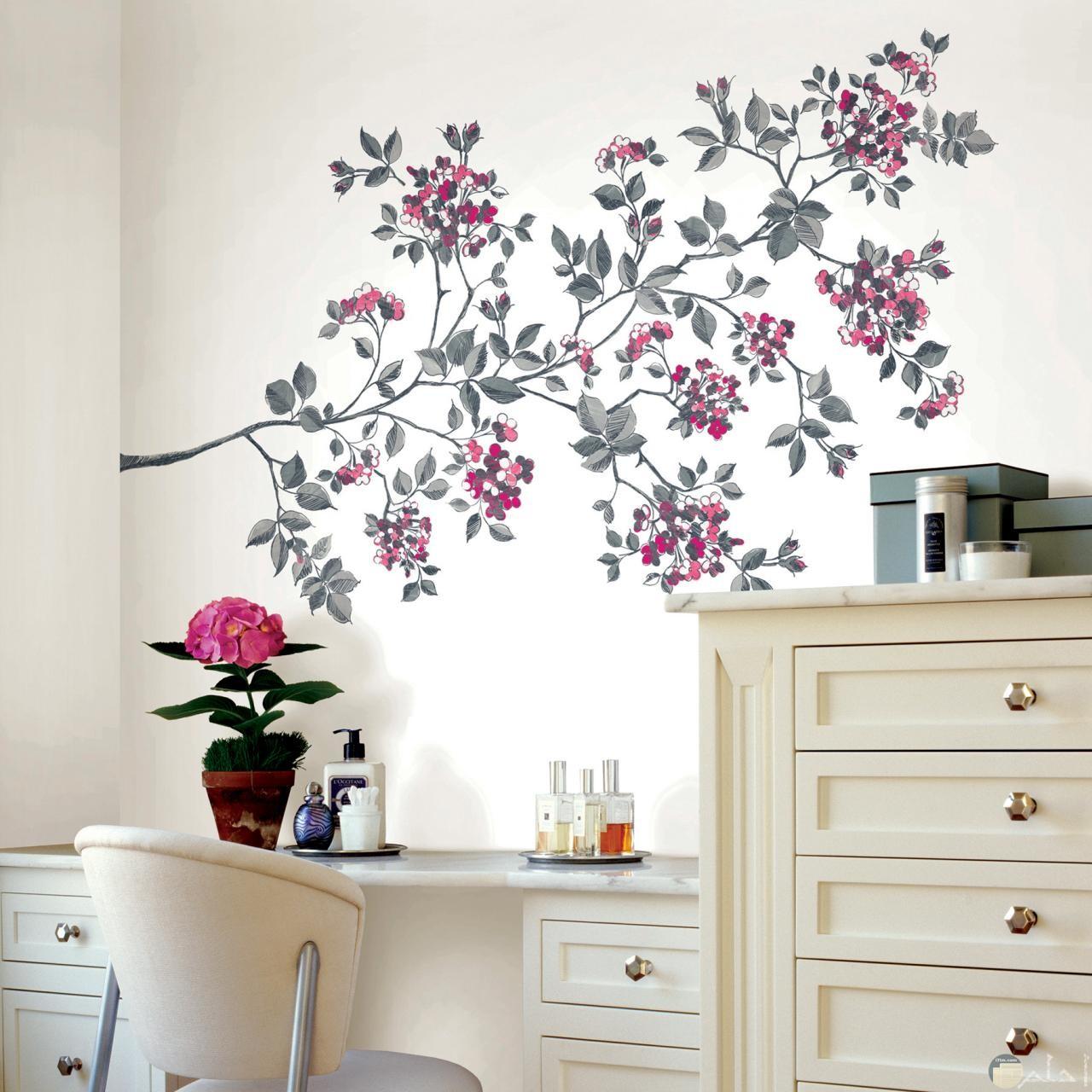 شكل جميل جدا لرسومات الحائط على شكل زهور