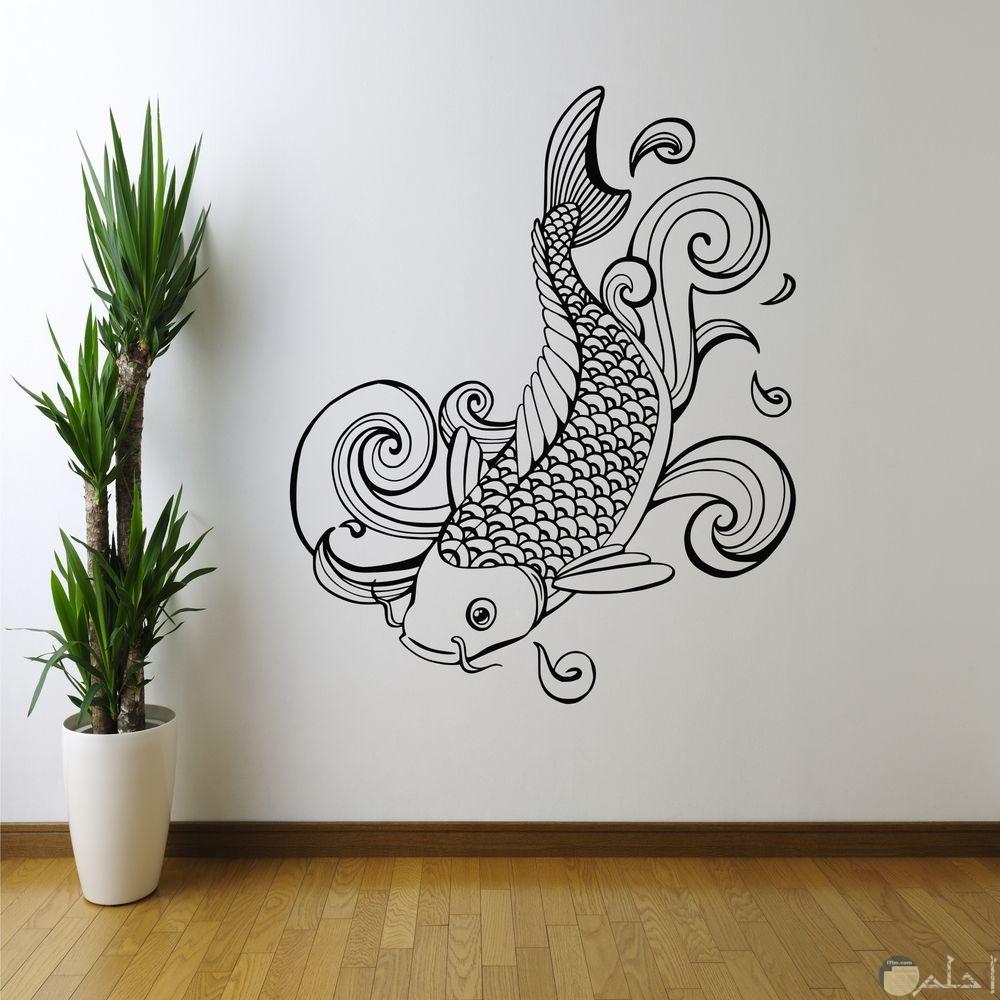 سمكه كبيرة جميلة جدا مرسومة على الحائط