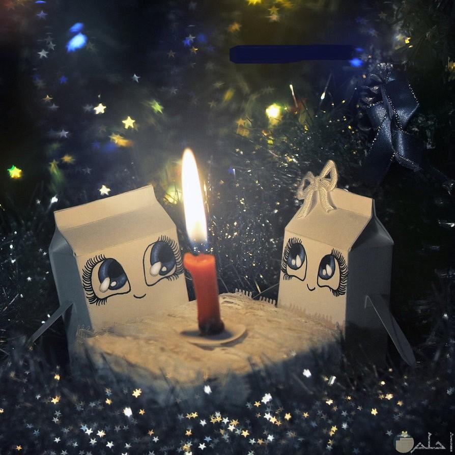 الشمع ينير لنا دروبنا.