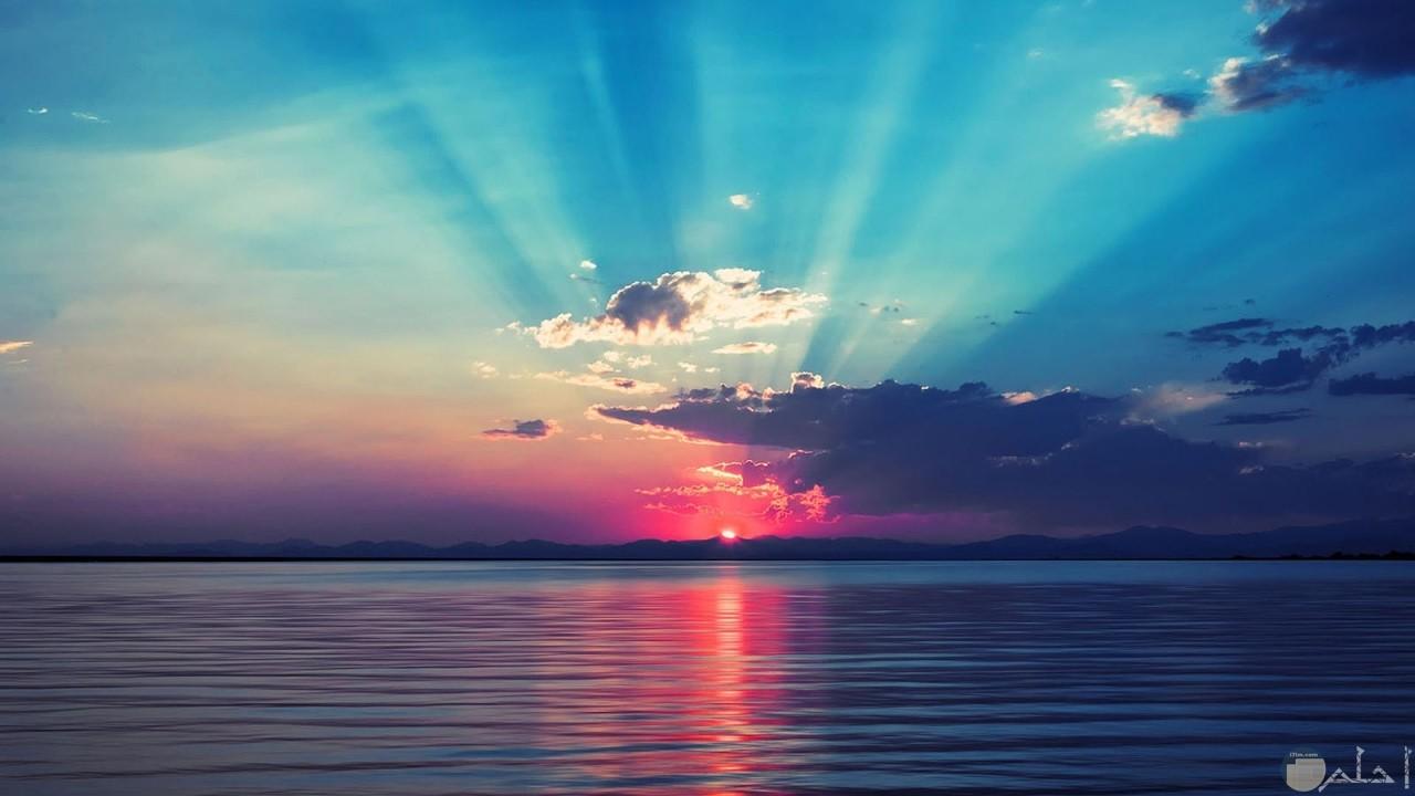 خيوط شروق الشمس.