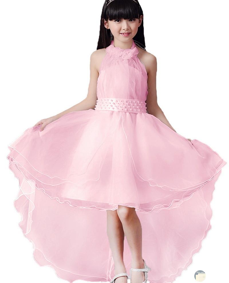 فستان لونه وردى قصير من الامام وطويل من الخلف