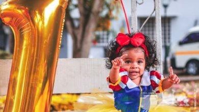 طفلة جميلة في زي سنو وايت