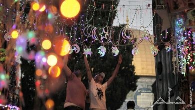 تتنوع الأشكال و النتيجة واحدة تزيين الشوارع في رمضان.