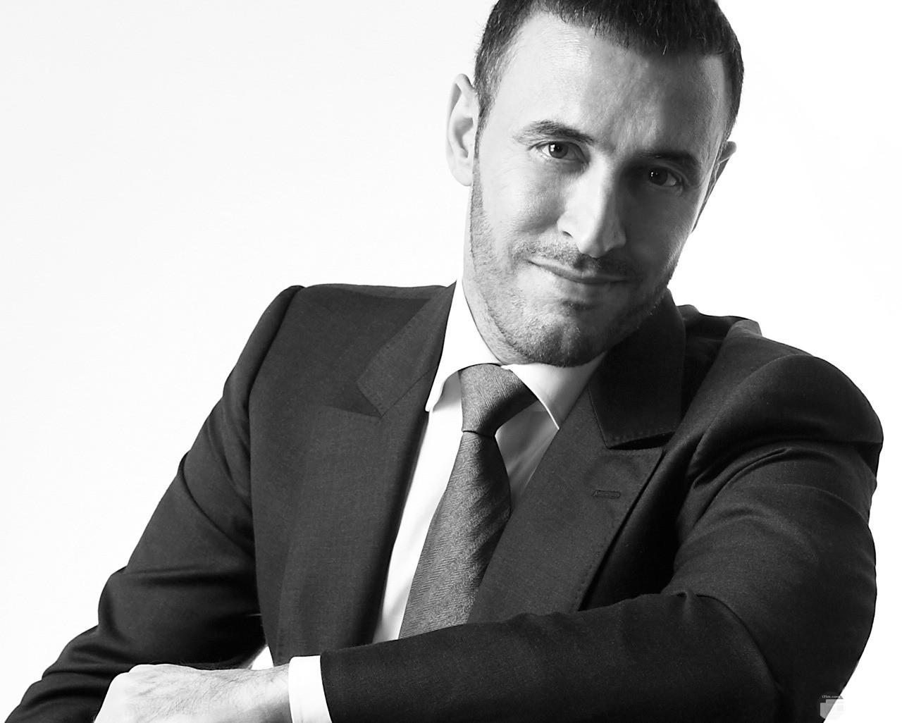 قيصر الغناء العربى.