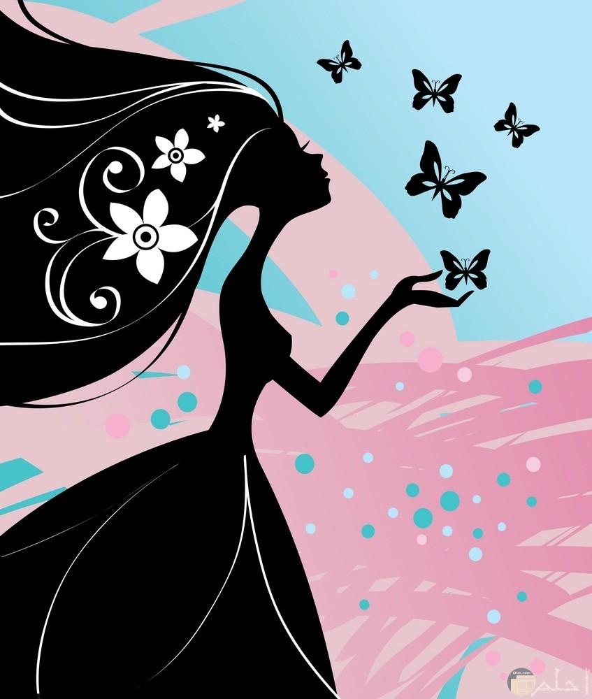رسمة باللون الاسود لبنت مع فرشات و خلفية وردي.