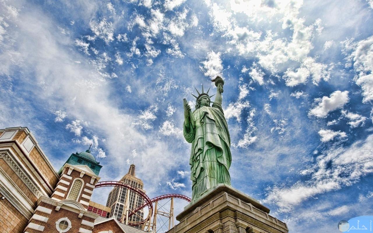 تمثال الحرية بمدينة نيويورك.