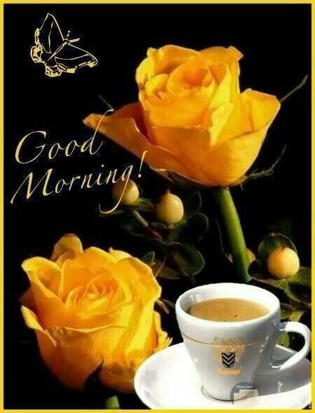 خلفية صباح الخير مع القهوة والورد