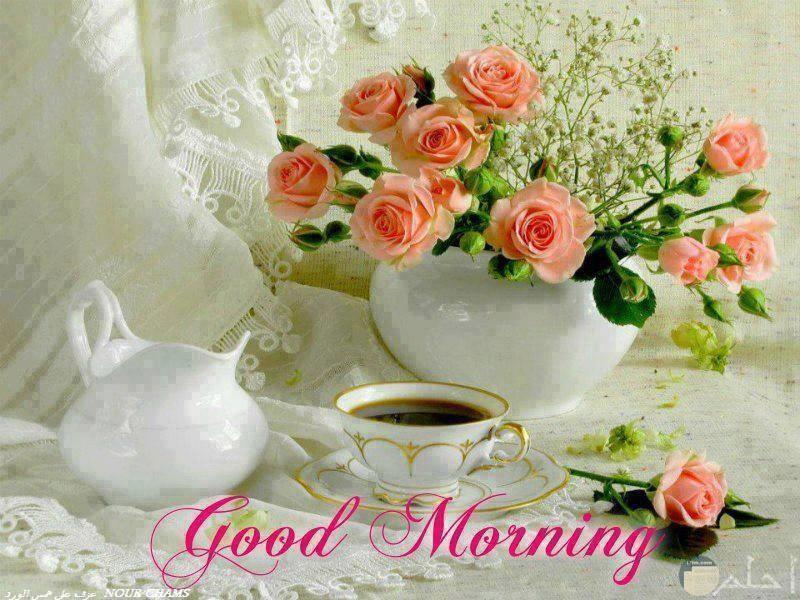خلفية زهور وقهوة