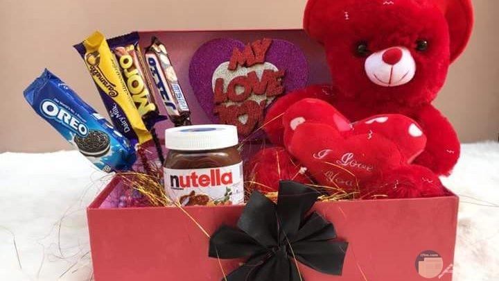 هدية دبدوب احمر وشوكولاتة