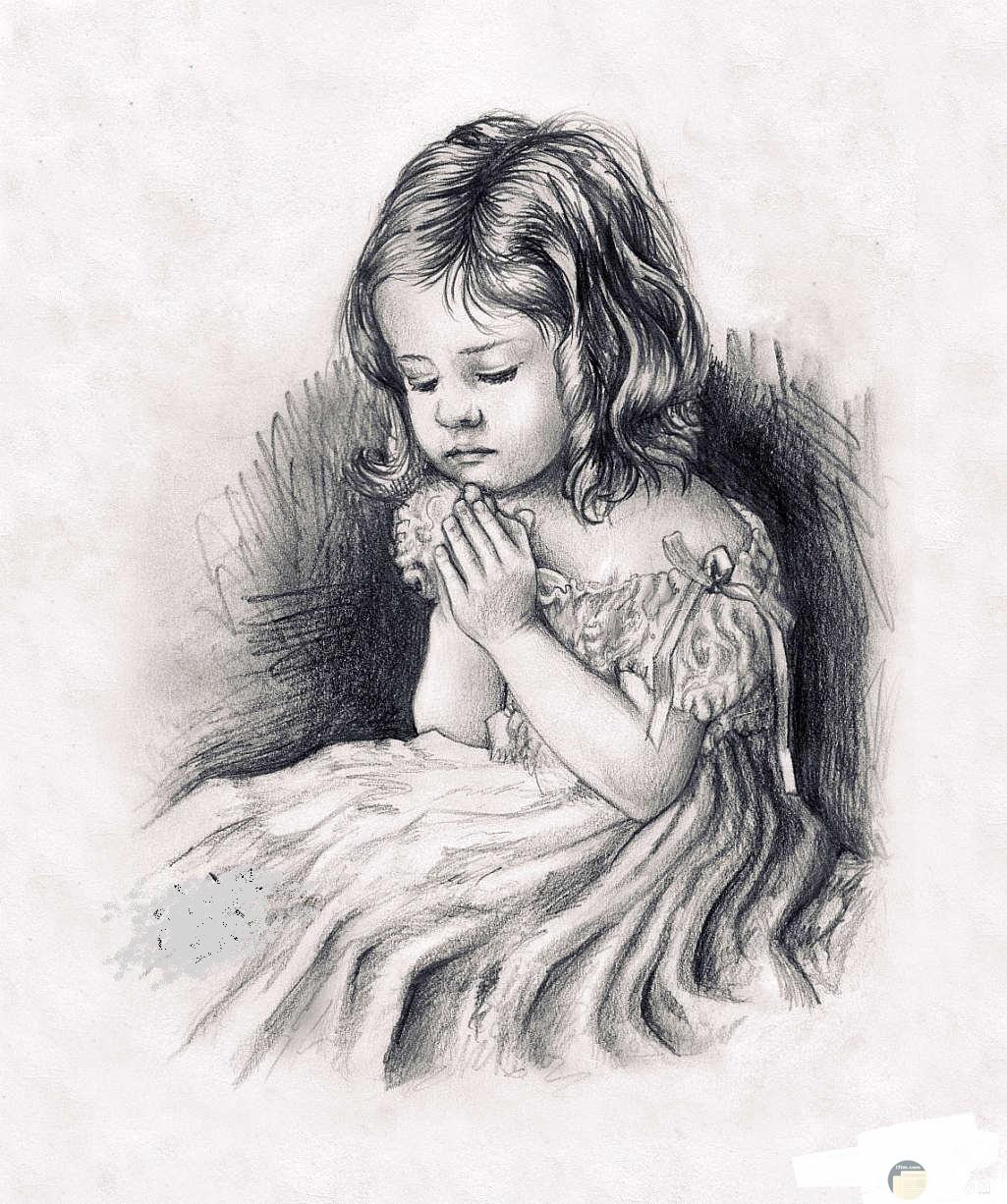 رسم بالفحم لفتاة تدعى.