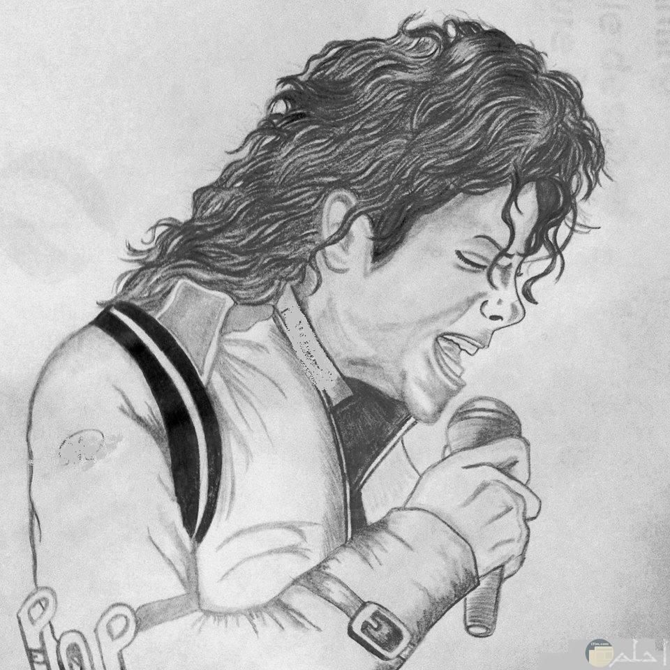 رسم بالفحم للمطرب مايكل جاكسون.