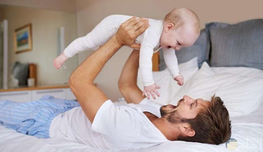 أب مع طفله