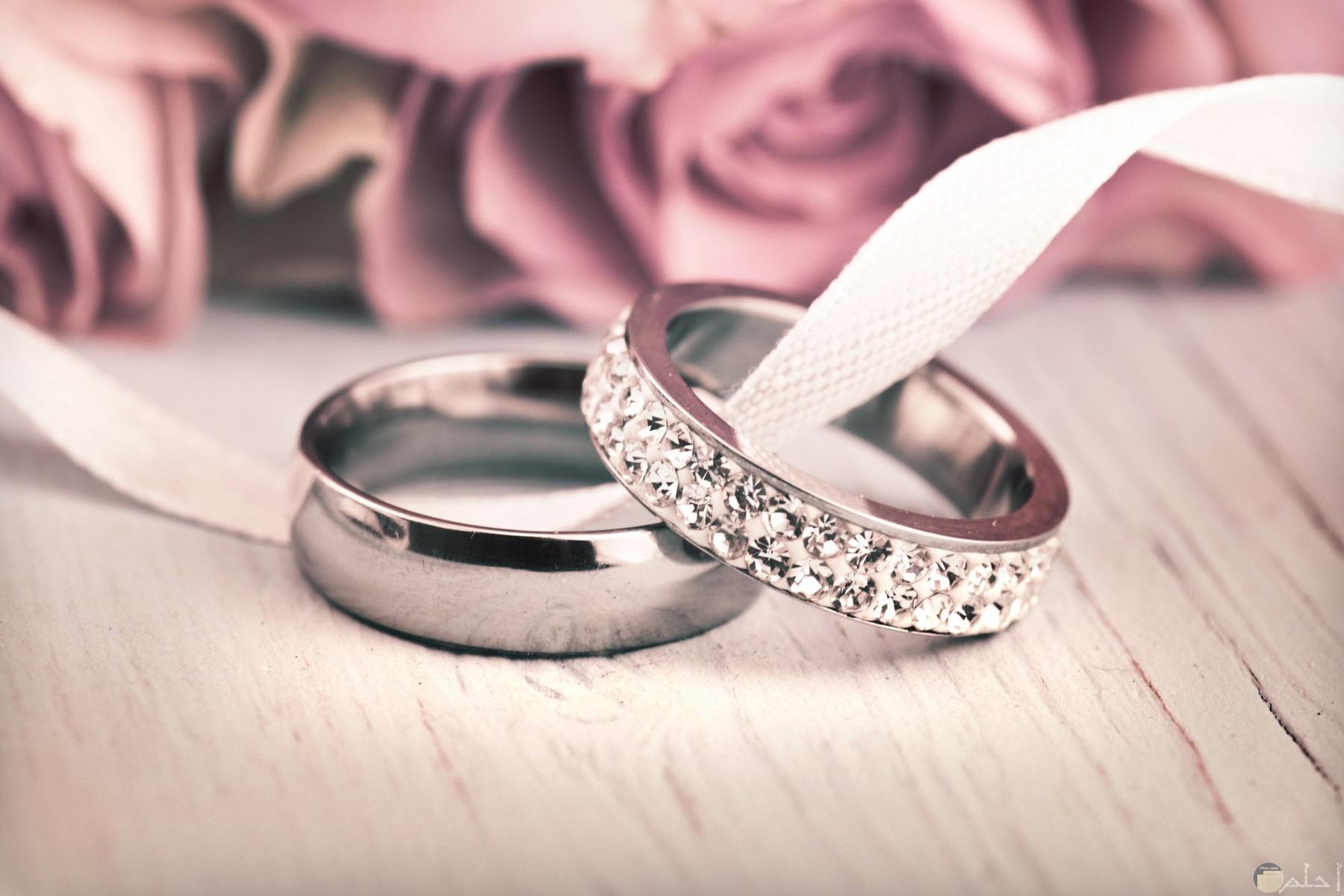 خاتم الزواج.