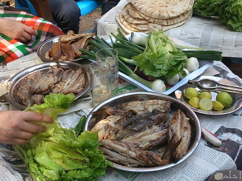 صورة تجهيز وجبة عيدشم النسيم.