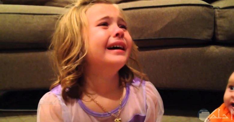 اجمل الصور بنات حزينة صغيرة
