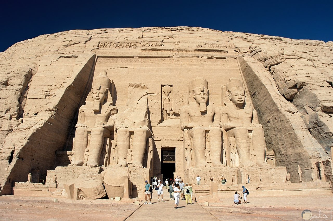 صورة ثلث آثارالعالم بالأقصر فى مصر.