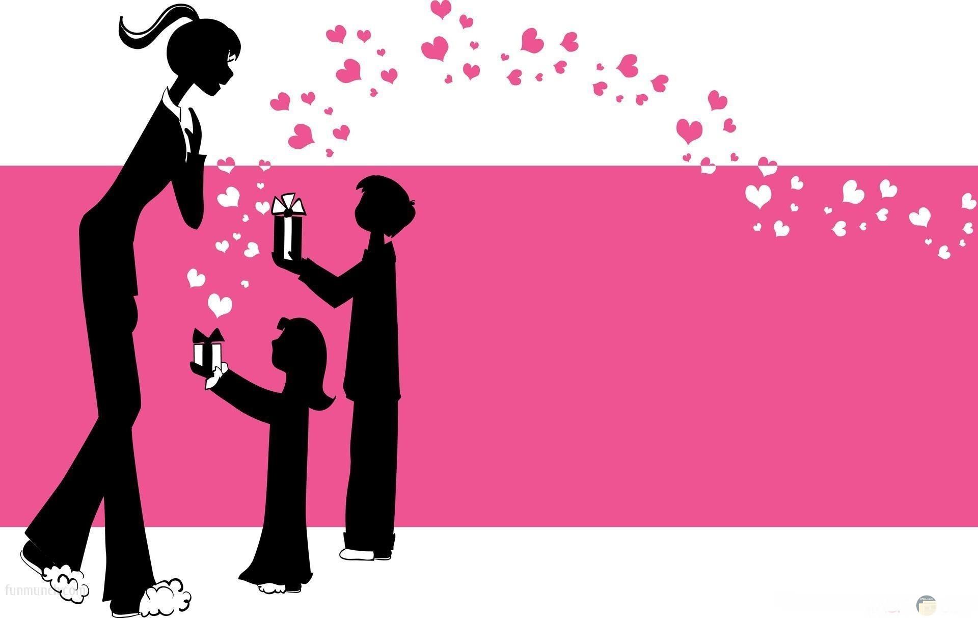 الابناء تقدم التهانى و الهدايا للام فى عيدها.