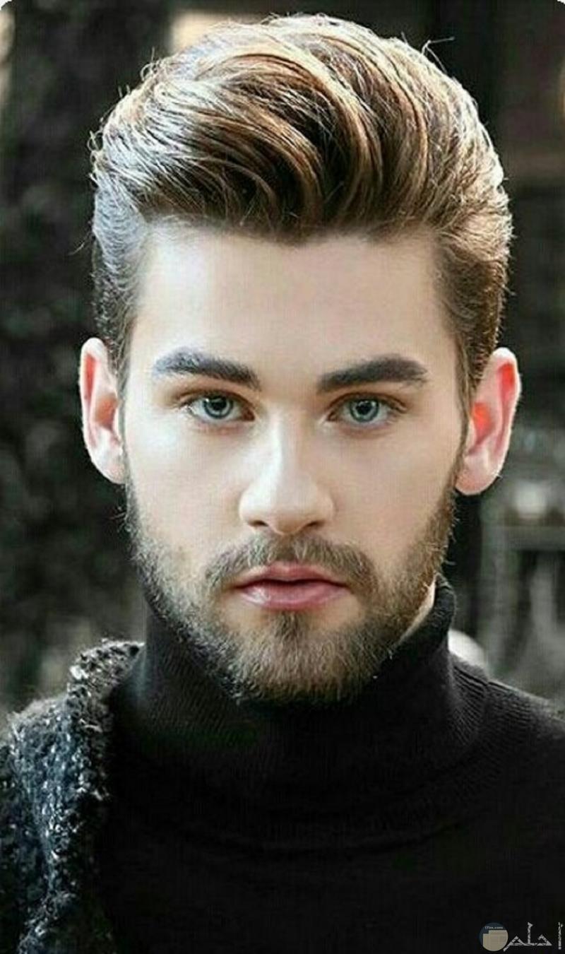 شاب وسيم ما شاء الله