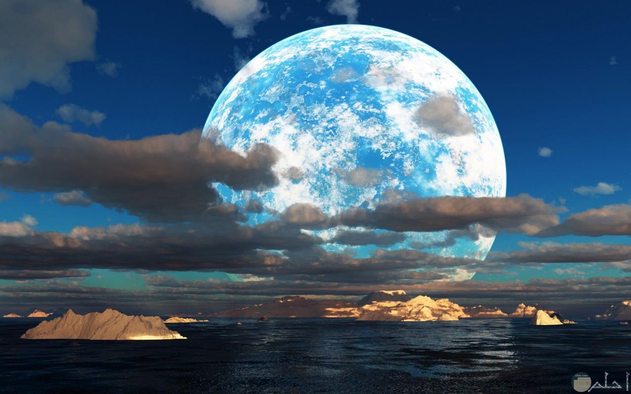صورة للقمر عن قرب