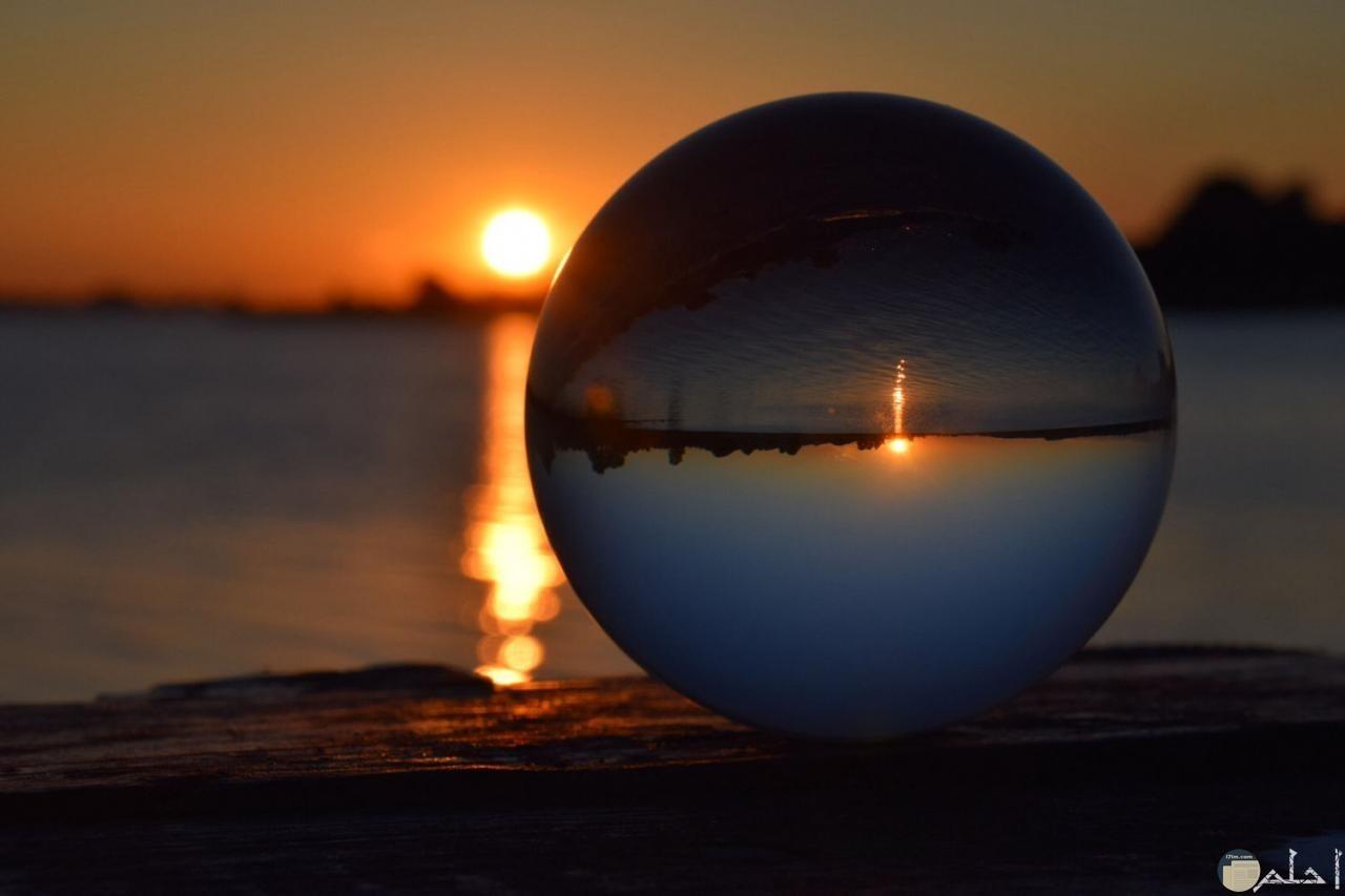 صورة بزوغ نور الشمس.