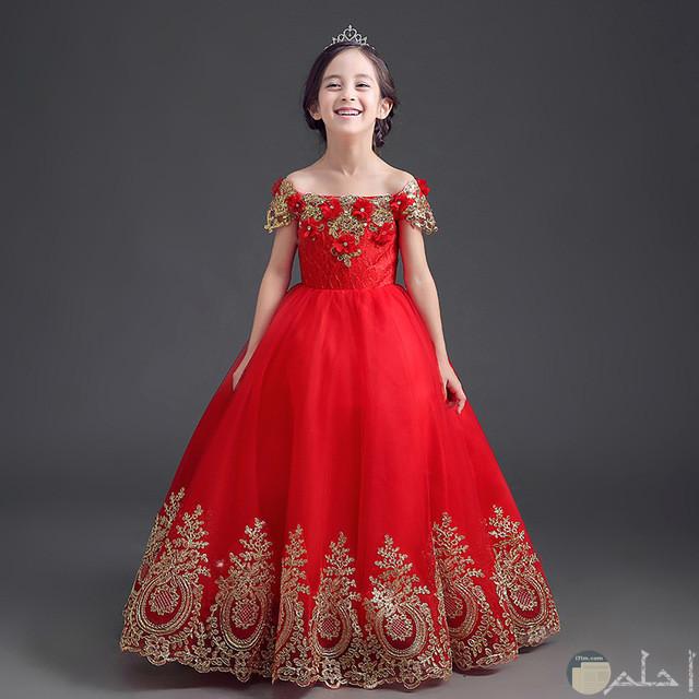 فستان اميرة صغيرة بالاحمر والدهبي