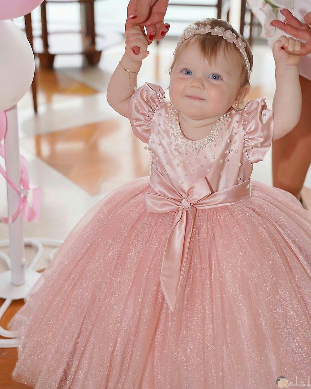 من اروع الفساتين للاطفال