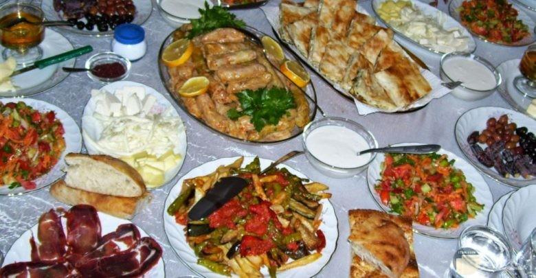صورة من أكلات رمضان.