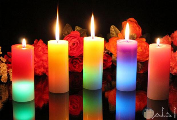 صورة مجموعة شموع ملونة