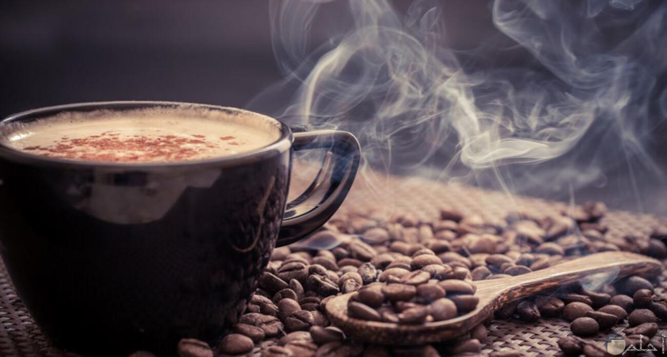 صورة فنجان قهوة ساخن جدا